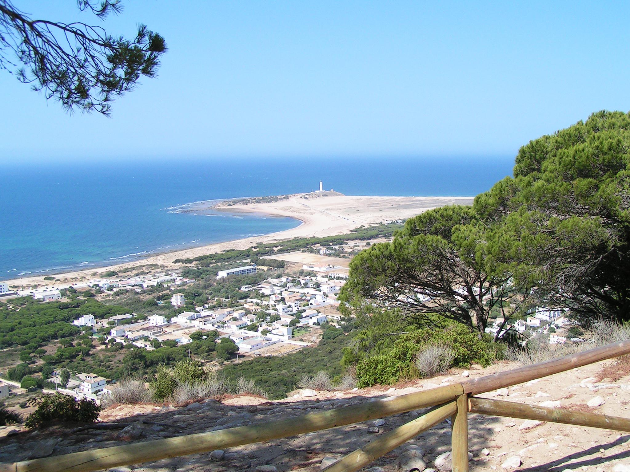 Pinar de la Breña, ruta de las torres vigías y los acantilados de Barbate